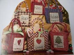 Christmas totes, an easy project using fat quarters & appliques