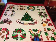 2015, Feb. - Dot T. purchased the precut applique kits for her quilt on 12/26/14.   She sent me photos of her finished quilt on 2/26/15.  It is totally awesome that she finished an 80 x 80 appliqued quilt in less than two months.  way to go  Dot !!!!